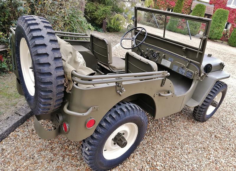 d7b869d6-willys-jeep-steve-mcqueen-5