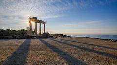The Temple of Apollo. / Xpaм Aпoллoнa.
