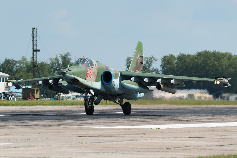 Sukhoi_Su-25SM_RF-95809_26red_Russia-Airforce_137_D801369