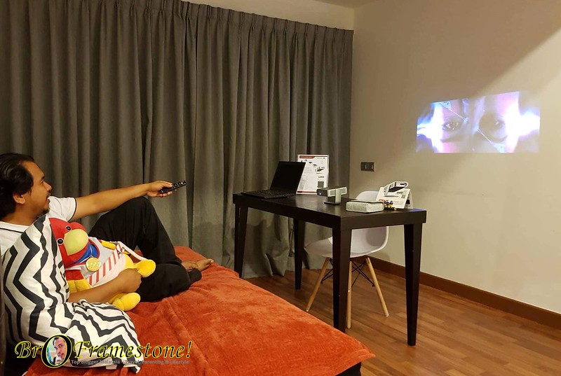 ViewSonic M1 Mobile Projector