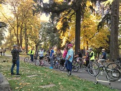 Dan H. and myself had a GREAT Remnants and Relics Ride on Saturday 10/20. About 25 folks showed up, and we let them on a rambling 10 mile, 4 1/2 hour tour! Here's where we toured Lone Fir Cemetery, observing the graves of Dr. Hawthorne and Asa Lovejoy. #r