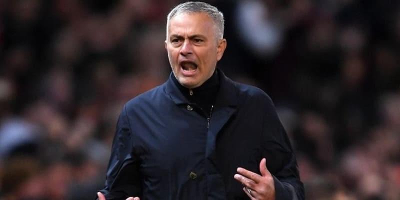 Mourinho Tidak Akan Emosi Saat Nanti di Stamford Bridge
