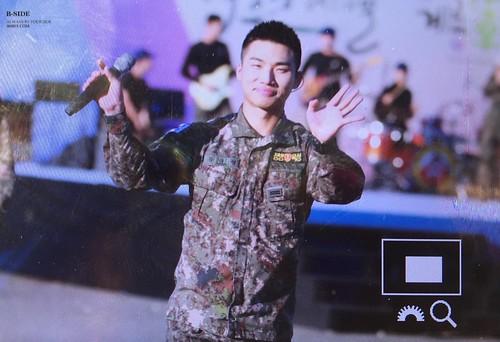 Taeyang Daesung Ground Forces Festival Korea 2018-10-08 (22)