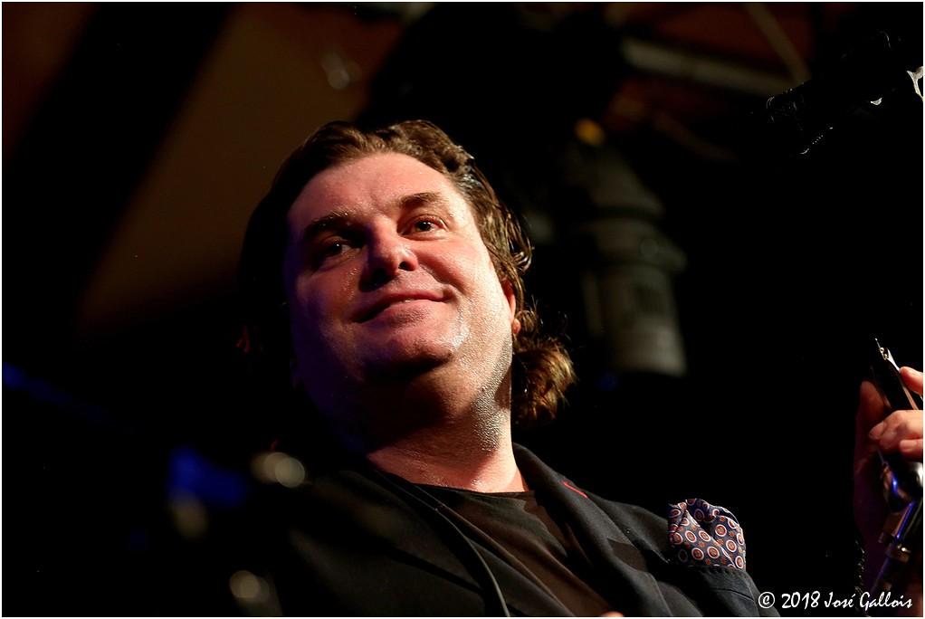 Giles Robson & Band