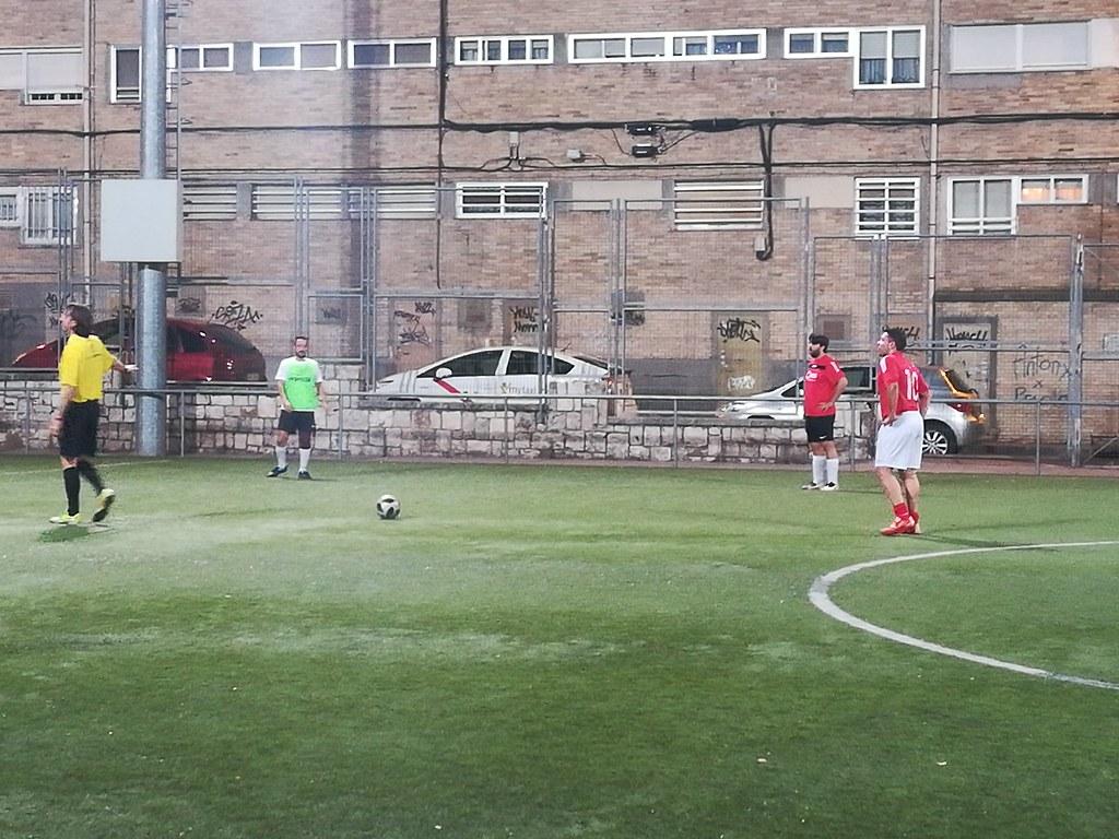Momentum FC