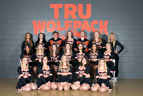 Team Black (18-19 Snucins)