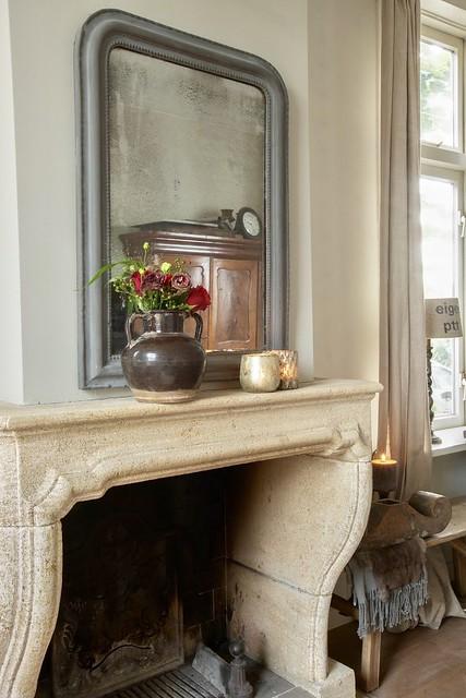 Schouw Franse spiegel vaas met bloemen