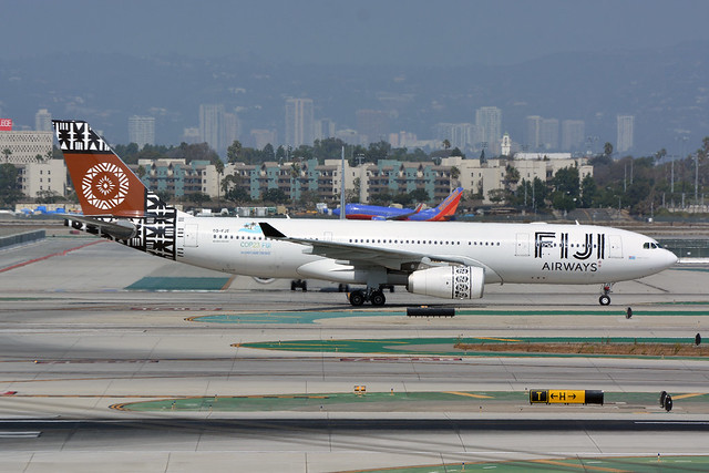DSC_3401-FIJI AIRWAYS A330, Nikon D7100, AF Micro-Nikkor 105mm f/2.8