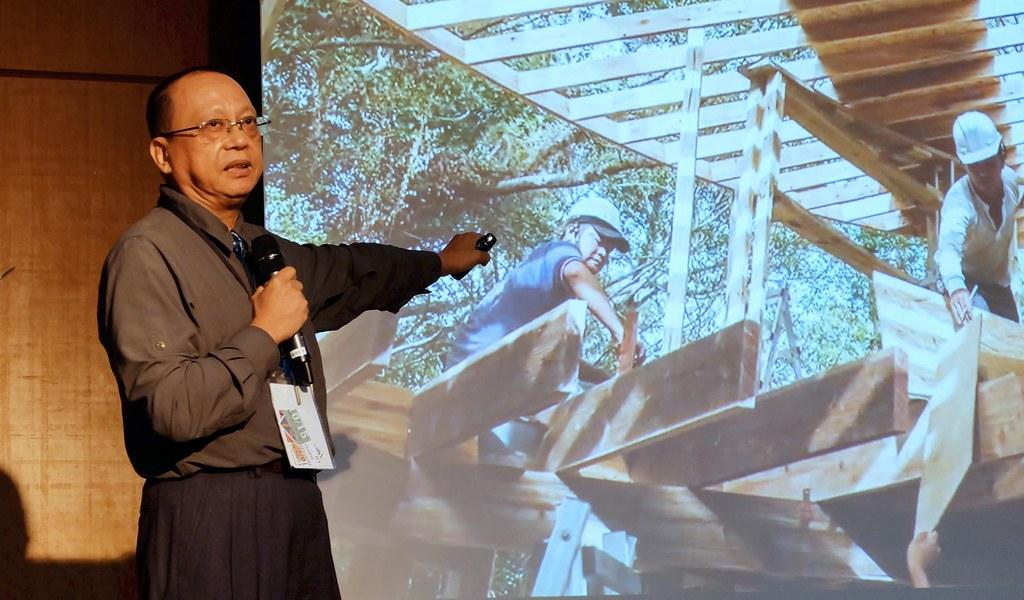 成大建築系教授林憲德力推建築碳足跡計算與揭露,從設計階段就強化建築的減碳設計。