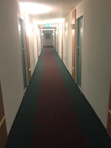 07 - Ibis-Hotel Kelsterbach - Gang