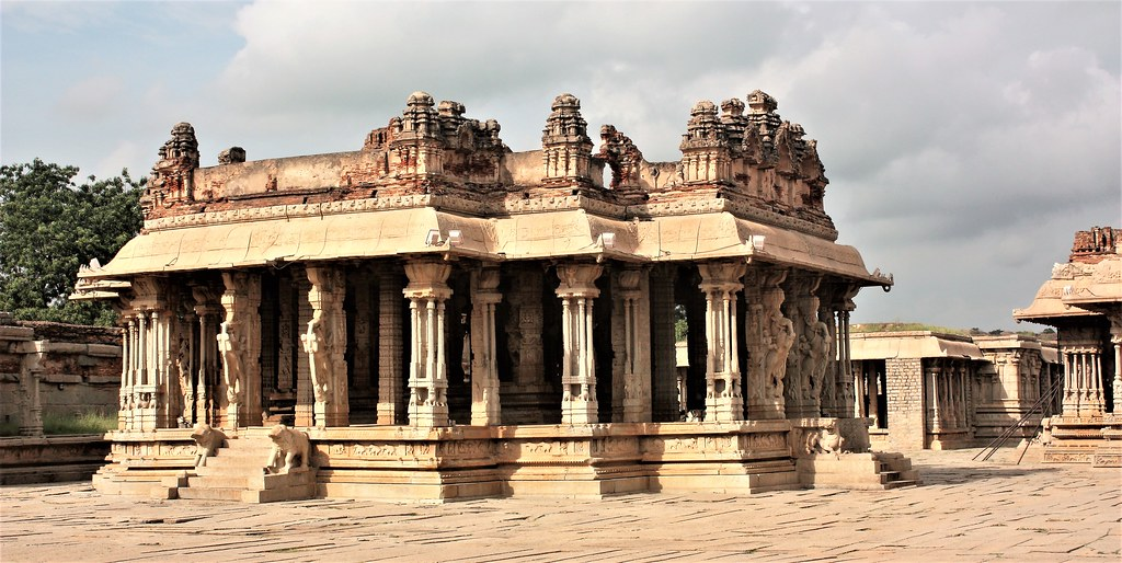 Vitthala Temple, Hampi, 16th cent.
