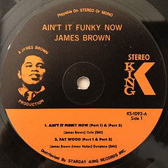 JAMES BROWN:AIN'T IT FUNKY(LABEL SIDE-A)