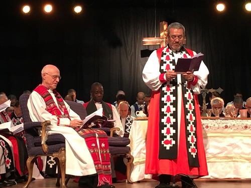 Archbishop Hector - Tito - Zavala Munoz addresses the congregation as the Iglesia Anglicana de Chile becomes the 40th Province of the Anglican Communion