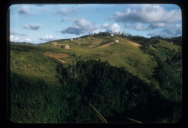 AZ49--Mountain scenery