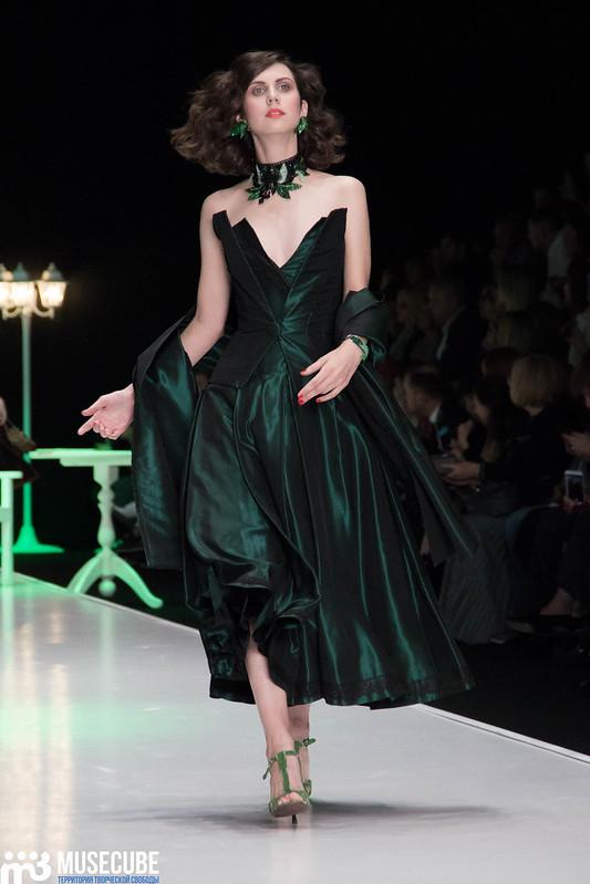mercedes_benz_fashion_week_slava_zaitsev_nasledie_050