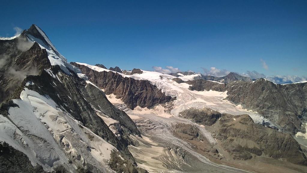 Matterhorn-Visul Suprem 4478 m Italia-Elveţia