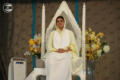 Her Holiness Satguru Mata Ji on the dais