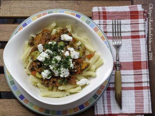 Pasta mit Ziege und Gemüse (1)