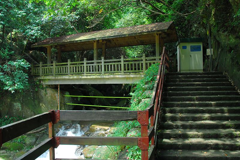 台北.內湖-圓覺瀑布親水步道