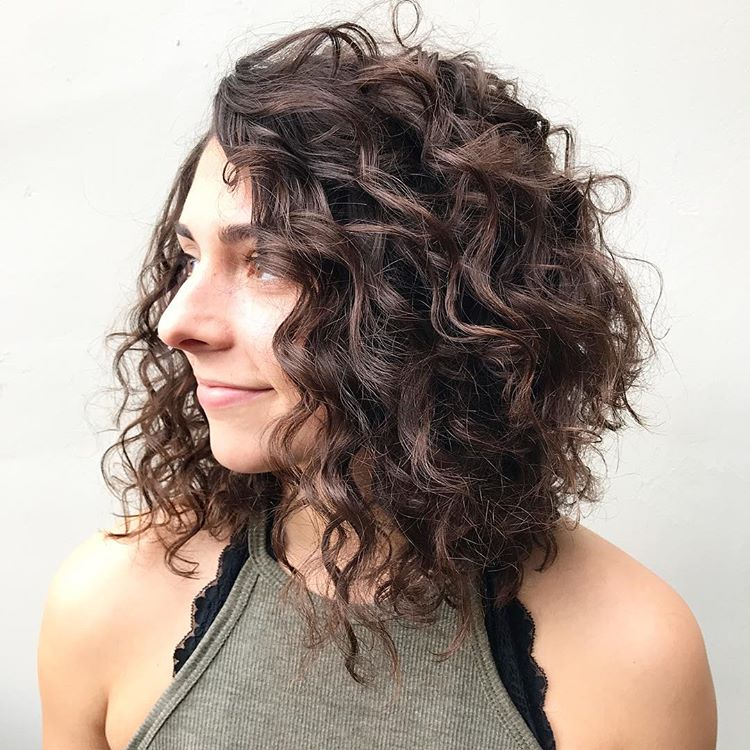 Best Haircuts For Curly Hair 2019 That Stand Out 21