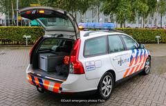 Dutch aviation police Volvo V50