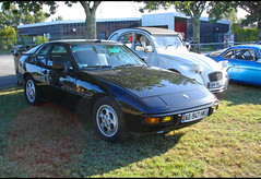 Porsche 924 coupé - Photo of Saint-Rémy