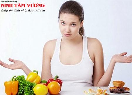 Người bệnh phân vân không biết rối loạn nhịp tim nên ăn gì