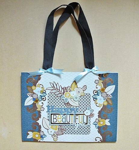 A-quick-decorated-paper-bag