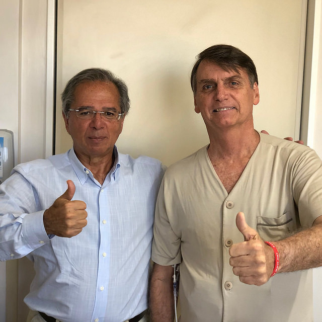 "Economist Paulo Guedes (left) said Brazil was ""held captive by ideological alliances"" with Mercosur - Créditos: @jairbolsonaro / Fotos Públicas"