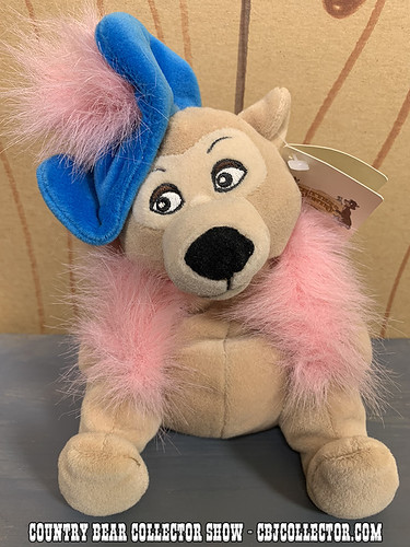 1990s Disneyland Critter Country Teddi Barra Mini Bean Bag Plush - Country Bear Collector Show #176