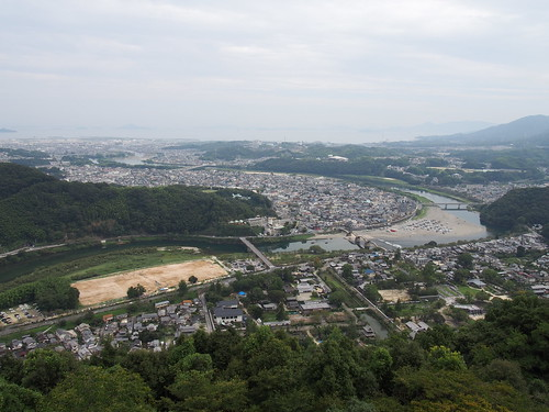 Iwakuni An urban area/岩国市街地