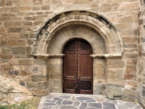 Portal Iglesia Santa María en Añón.