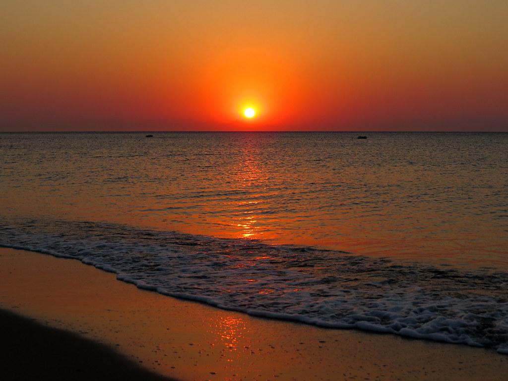 Утреннее море