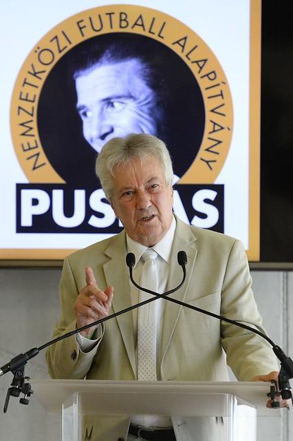 Vass István Zoltán kapta a Szepesi-díjat, Várady Béla özvegye az Östreicher-díjat