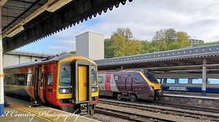 EMT & AXC   Class 158 865 & 220 007 at Sheffield