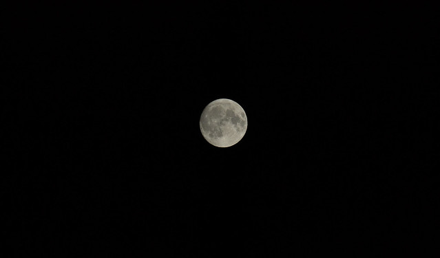 Full Moon, Nikon D3100, AF-S Nikkor 300mm f/4D IF-ED