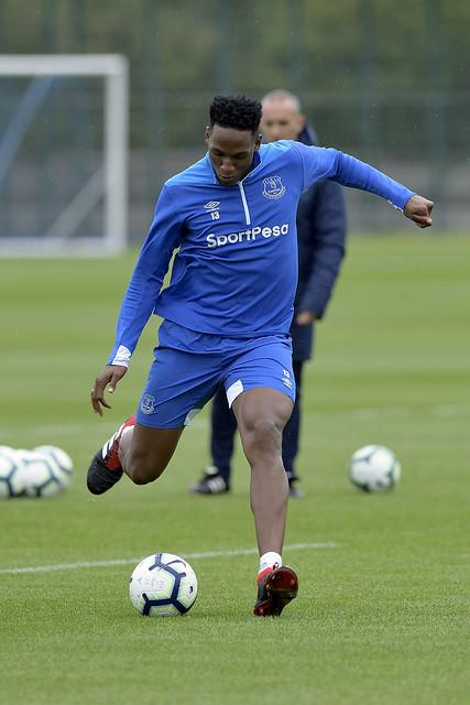 Mina Back In Everton Training