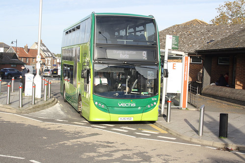 Go South Coast 1614 HJ16HSD