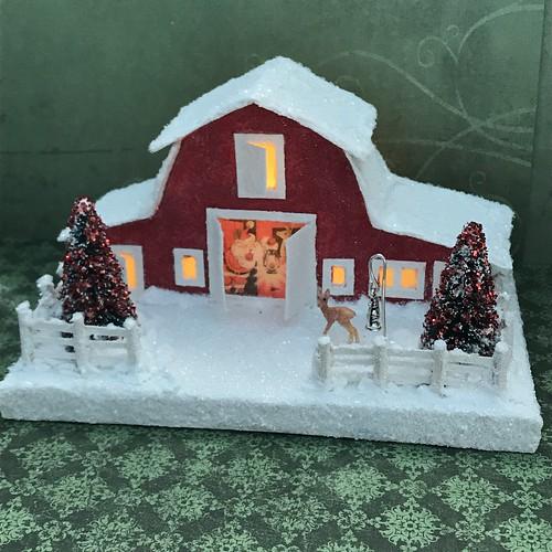 Santa's Barn Putz