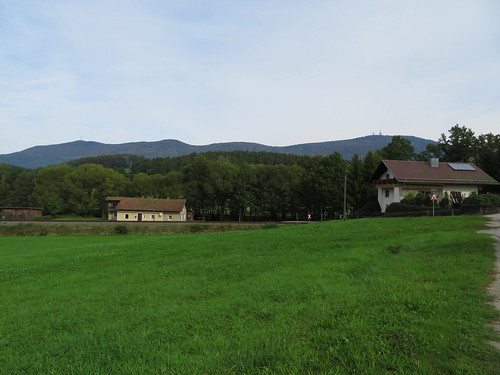 20170928 01 390 ostbay Berg Herbst Feld Wald Wiese Türme Häuser