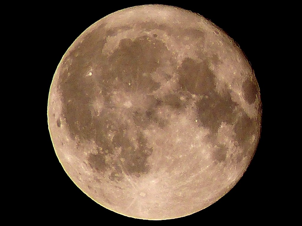 The Moon at Her Full