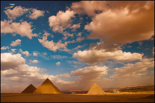 giza gizeh egipt cairo joanot joanotbellver piramyd clouds sky blue history 206 nikon d200 pyramid