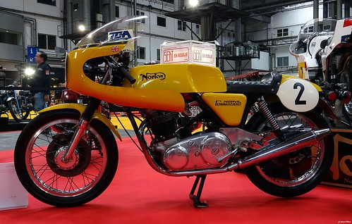 Norton Commando production racer Norvil 750 cc
