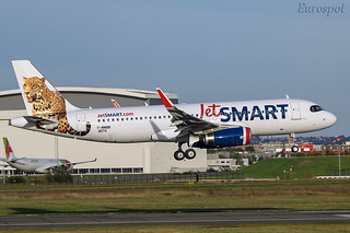 F-WWBB Airbus A320 Jet Smart