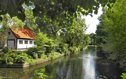 Groningen: Bierum, Borg Luinga
