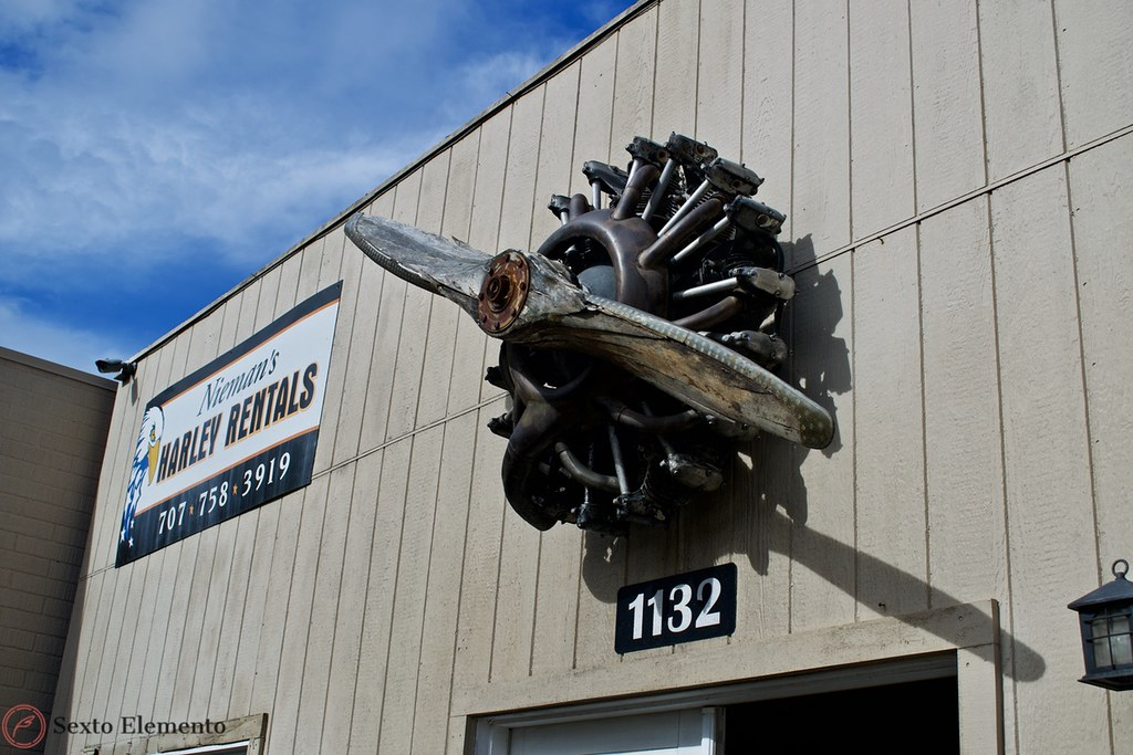 radial-engine-sign