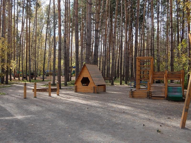 Новосибирский академгородок - Детская площадка