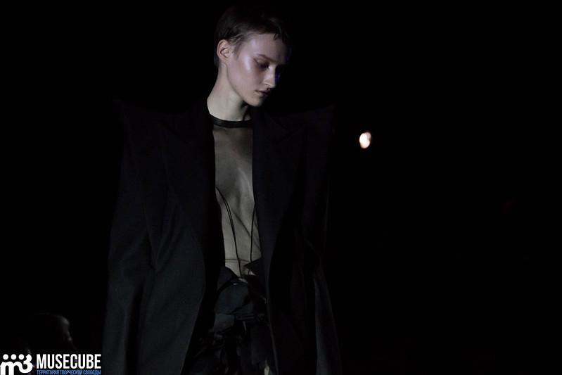 mercedes_benz_fashion_week_pirosmani_040