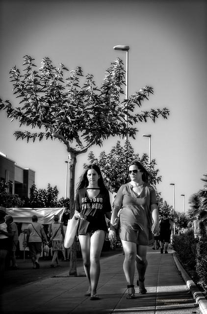 Madre e hija., Sony ILCE-7RM3, Sony FE 35mm F2.8 ZA