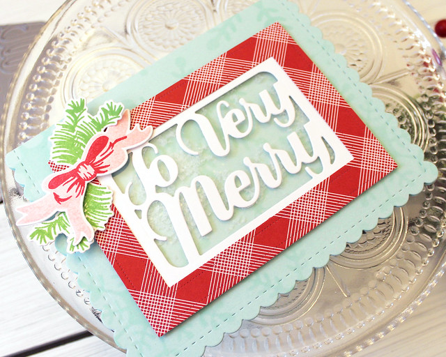 LizzieJones_MakeItMonday_IncorporatingPackagingDies_PapertreyInk_SoVeryMerryCard2